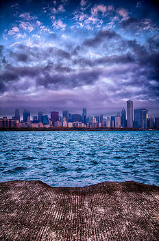 Chicago Lost In The Clouds by Michael  Bennett