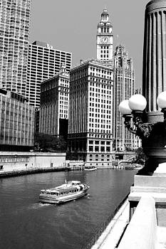 Chicago River black and white by Patrick  Warneka