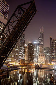 Chicago Skyline over Chicago River by Michael  Bennett