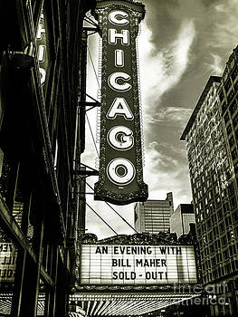 Chicago Theater by F Icarus