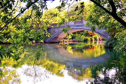 HweeYen Ong - Chinese Bridge