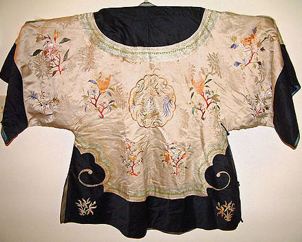 Chinese silk robe with exquisite hand embroidery featuring bird flowers butterflies dragon by Chinese embroidery master
