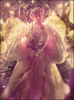 Linda Sannuti - Christmas Angel