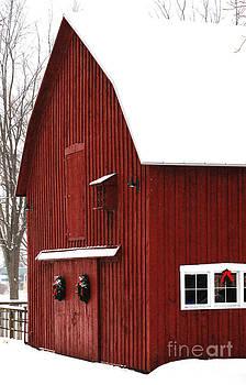 Linda Shafer - Christmas Barn 2