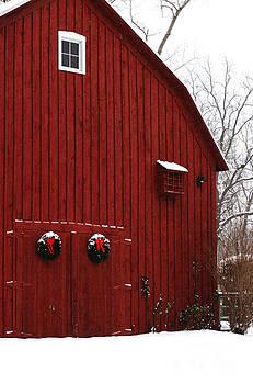 Linda Shafer - Christmas Barn 5