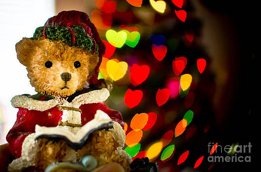 Christmas Bear by Len Bishop