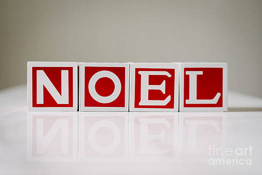 Christmas Blocks Noel by Gillian Vann