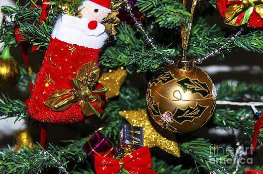 Pravine Chester - Christmas Cheer