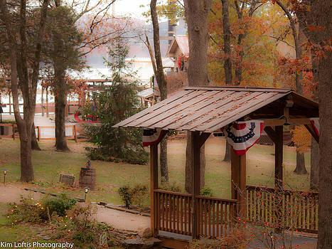 Christmas meets Americana  by Kim Loftis