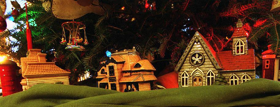 Harold E McCray - Christmas Ornaments VI