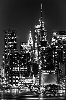 Chrysler Building by Nel Saints