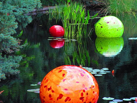 Chihuly Glass on Pond by Elaine Haakenson