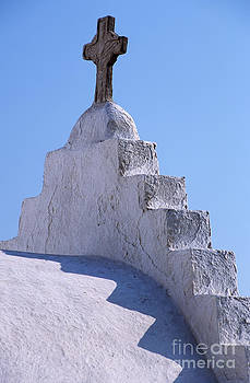 George Atsametakis - Panagia Paraportiani church in Mykonos