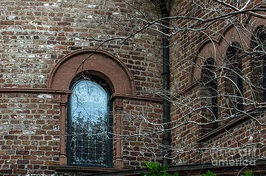 Dale Powell - Circular Church Window