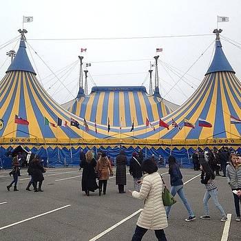 Cirque Du Soleil!  #cirquedusoleil by Craig Kempf