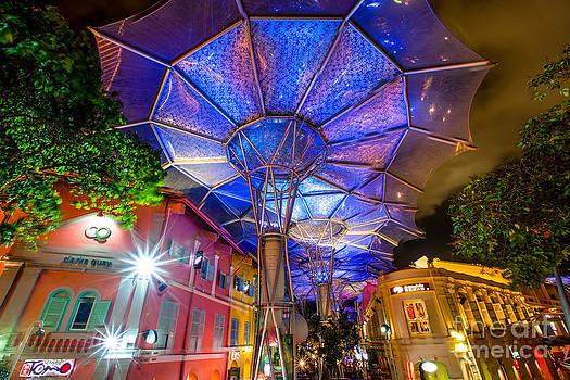 Clarke Quay on steriods by Pete Reynolds