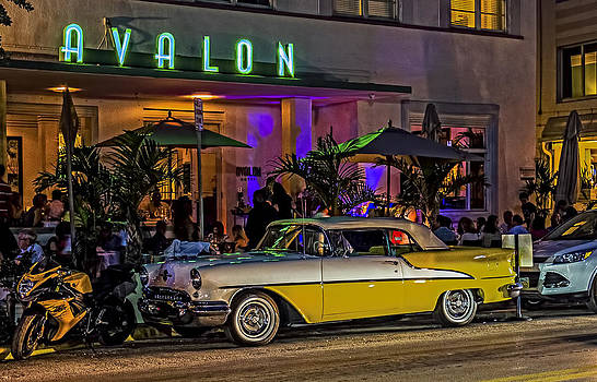 Classic Car at the Avalon by Rob Tullis