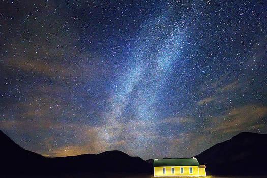 James BO  Insogna - Classic Old Yellow School House Milky Way Sky