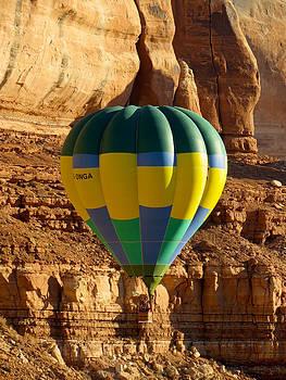 Feva  Fotos - Cliff Coasting