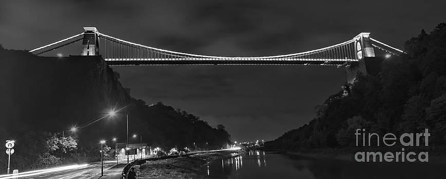 Clifton suspension bridge mono by Steev Stamford