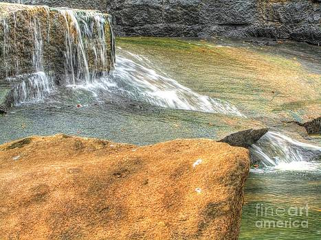 Jaclyn Hughes Fine Art - Close to the Falls