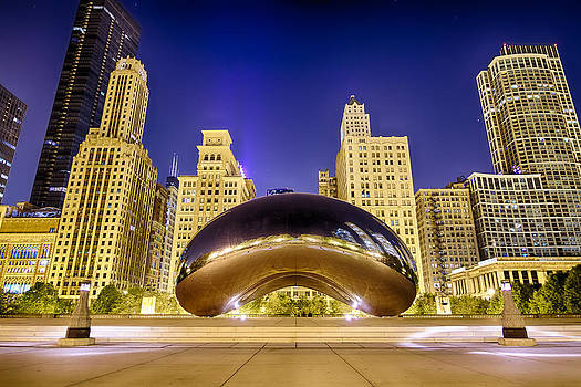 Cloud Gate - Chicago by Harmeet Gabha