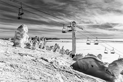 Cloud Lift by Aaron Aldrich