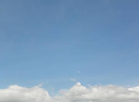Clouds 2 by Bernie Smolnik