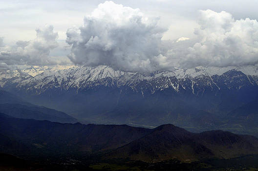 Bliss Of Art - Clouds Mountains and Snow