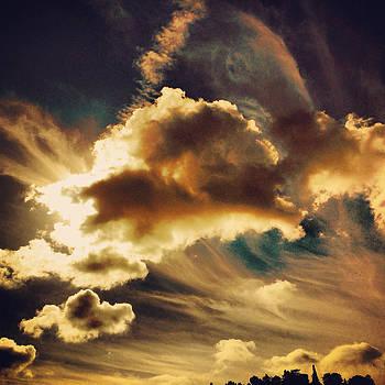 Cloudy Sky by Barry Shereshevsky