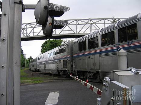 Coast Starlight in Salem by James B Toy