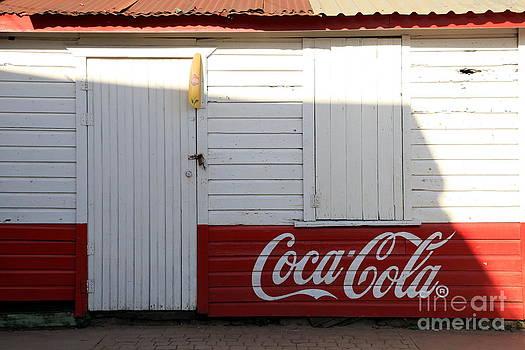 Sophie Vigneault - Coca Cola