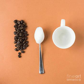 Coffee Break by Gillian Vann