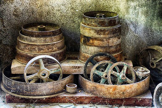 Cogs by Alastair Graham