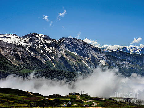 Col D Aubisque France - 03 by Graham Taylor
