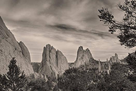 James BO  Insogna - Colorado Garden of the Gods Mono Tone View