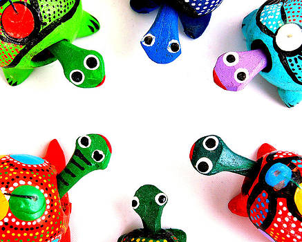 Rebecca Brittain - Colorful Turtles in a Circle