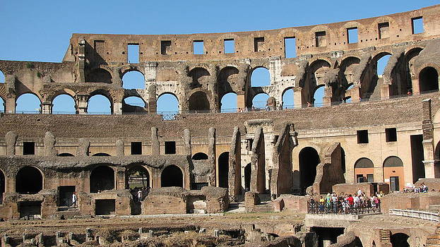 Colossem Rome  by Suzy  Godefroy