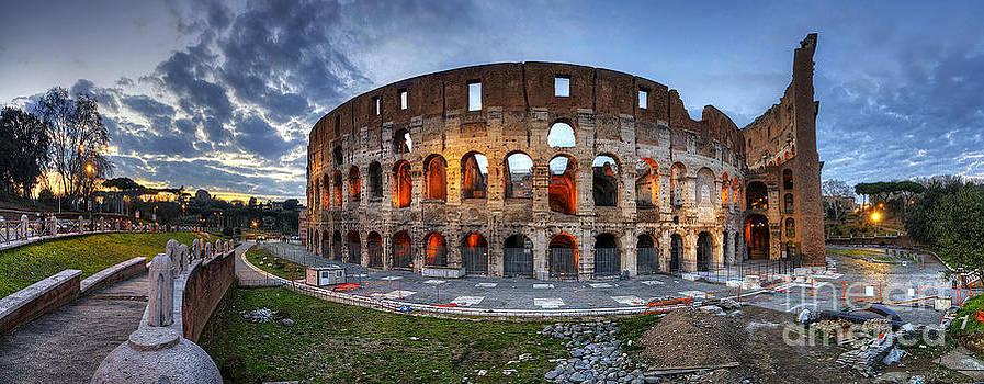 Yhun Suarez - Colosseo Panorama