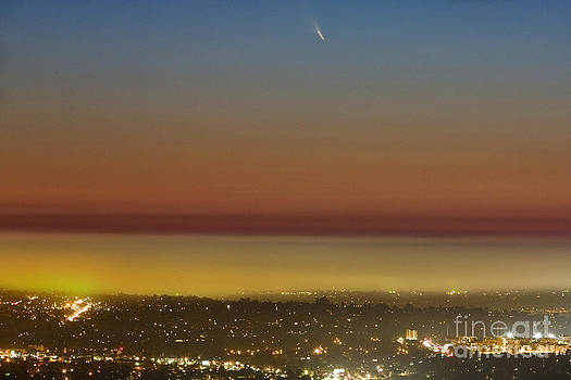 Comet PANSTARRS over San Diego by Daniel  Knighton