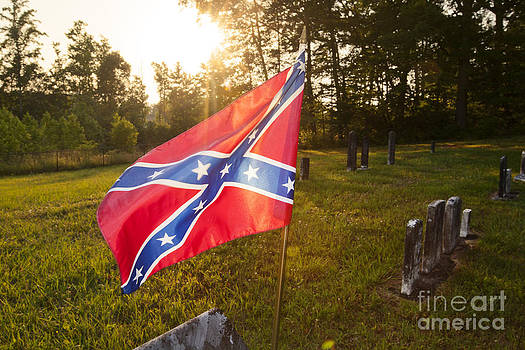 Jonathan Welch - Confederate flag in an old cemetery