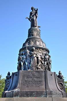 Confederate Memorial Arlington Cemetery by Jonathan Harper