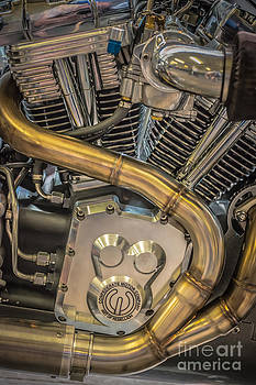 Ian Monk - Confederate Motorcycle B120 Wraith Engine and Exhaust Pipe 2