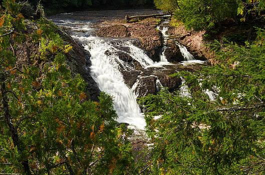 Conglomerate Falls by Thomas Pettengill