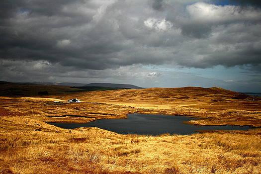 Connemara gold by Annie  Japaud