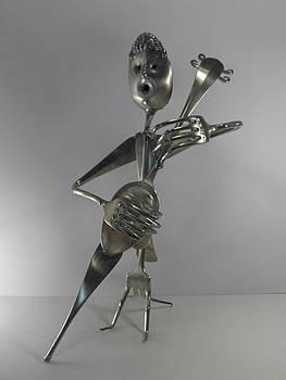 Contrebassiste  by Dalu sculpteur Anticonformiste