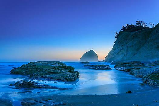 Cool Blue by Jarred Decker