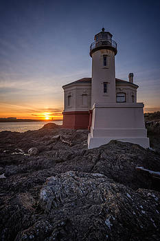 Coquille River Lighthouse Sunset by Joe Hudspeth