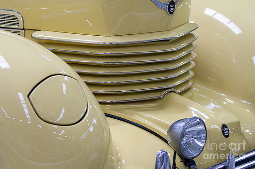 Heiko Koehrer-Wagner - Cord 812 Oldtimer from 1937 Grill