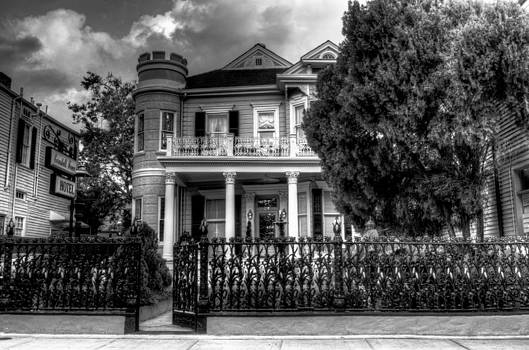 Greg and Chrystal Mimbs - Cornstalk Fence Hotel in Black and White